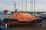 """Tamar Class 16-09 """"RNLB Baltic Exchange III"""" - Salcombe Lifeboat @ Mount Batton, Plymouth having her hull cleaned 22.11.10"""